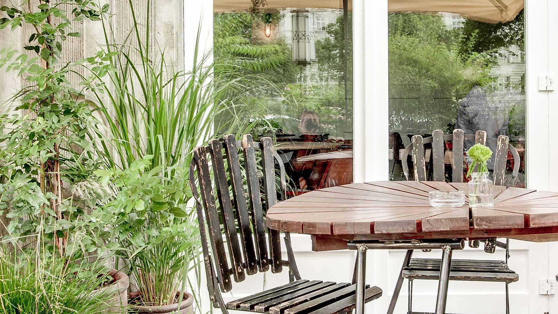 Spindler Garten Tisch